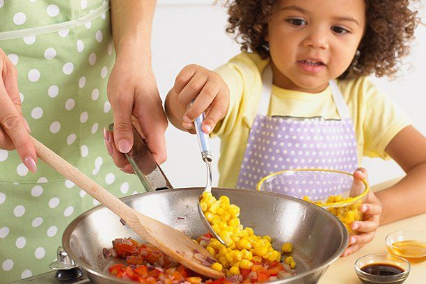 Make Fantastic Dishes By Using These Cooking Suggestions hipwee-cooking-with-kids_612