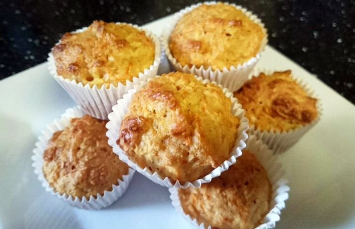 Apple Carrot Mini Muffins